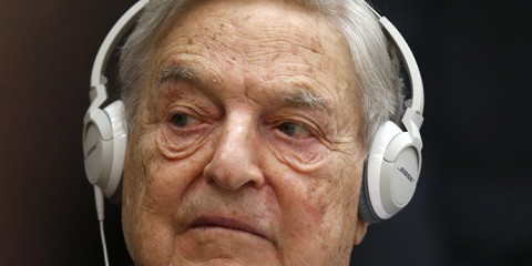 Georges Soros, Chairman of Soros Fund Management, attends the annual conference of the Institute for New Economic Thinking (INET) at the Organisation for Economic Cooperation and Development (OECD) headquarters in Paris April 9, 2015.   REUTERS/Charles Platiau - RTR4WNIE