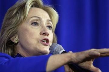 HillaryClinton_c0-50-3900-2323_s561x327