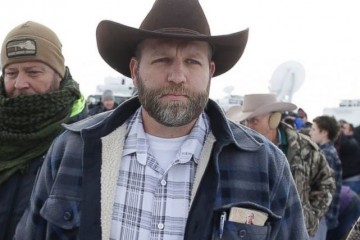 ap_ammon_bundy_01_jc_160104_31x13_1600