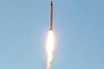 An Iranian Emad rocket is launched as it is tested at an undisclosed location October 11, 2015. REUTERS/farsnews.com/Handout via Reuters ATTENTION EDITORS - THIS PICTURE WAS PROVIDED BY A THIRD PARTY. REUTERS IS UNABLE TO INDEPENDENTLY VERIFY THE AUTHENTICITY, CONTENT, LOCATION OR DATE OF THIS IMAGE. FOR EDITORIAL USE ONLY. NOT FOR SALE FOR MARKETING OR ADVERTISING CAMPAIGNS. NO RESALES. NO ARCHIVE. THIS PICTURE IS DISTRIBUTED EXACTLY AS RECEIVED BY REUTERS, AS A SERVICE TO CLIENTS.