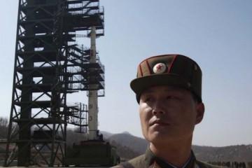 reu-korea-north_rocket-750x400