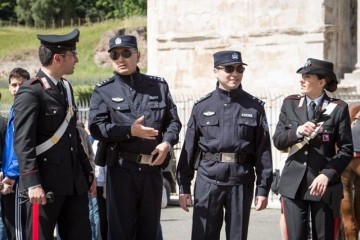 Chinese-police-640x480
