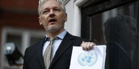 assange_will_stay_xpolitical_prisonerx_under_president_clinton-jpg_1718483346