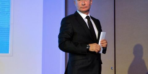 "Russian President Vladimir Putin attends the annual VTB Capital ""Russia Calling!"" Investment Forum in Moscow, Russia, October 12, 2016. Sputnik/Kremlin/Alexei Druzhinin via REUTERS"