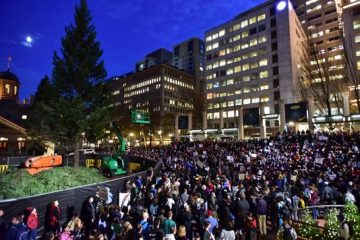 636144352379295098-ap-election-protests-oregon-86618588