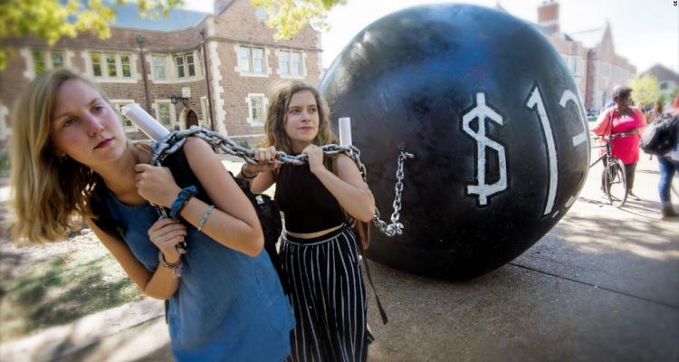 161122185704-student-debt-crisis-1024x576