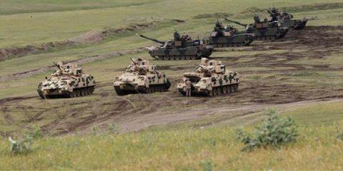 161215-us-tanks-12p_fea736c6112088c55b27a1d8955b5b3e-nbcnews-ux-600-480