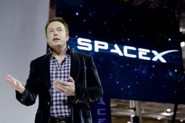 spacex-ceo-elon-musk-unveils-the-companys-new-manned-spacecraft-the-dragon-v2-designed-to-carry-astronauts-into-space-during-a-news-conference-on-may-29-2014-in-hawthorne-californ