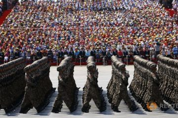 soldiers-of-china-s-people-s-liberation-army-march-during-the
