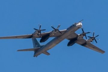 140423181512-russian-tu-95-bombers-0423-large-169