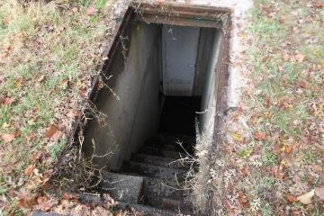 a-bomb-shelter-for-your-backyard-or-basement-871fb032369edcac