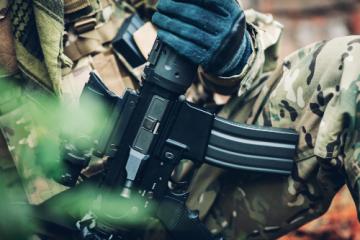 ar-15-soldier-militia